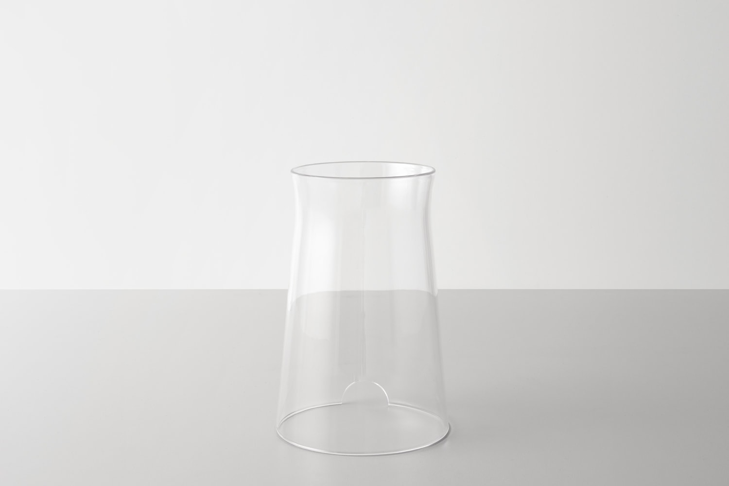 Front view of the DADI Founding Node glass casing.