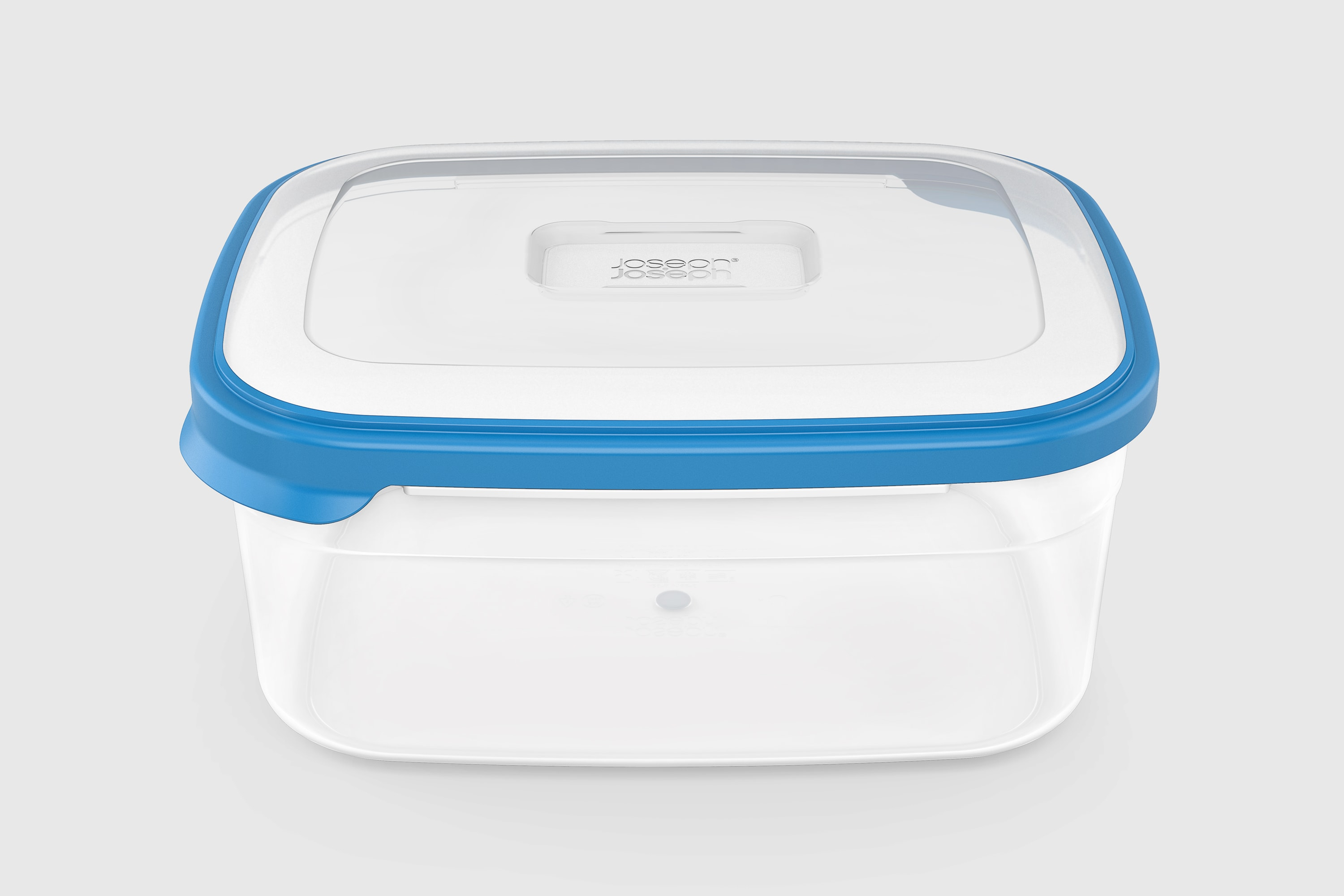 Front view of the JosephJoseph box with a blue lid