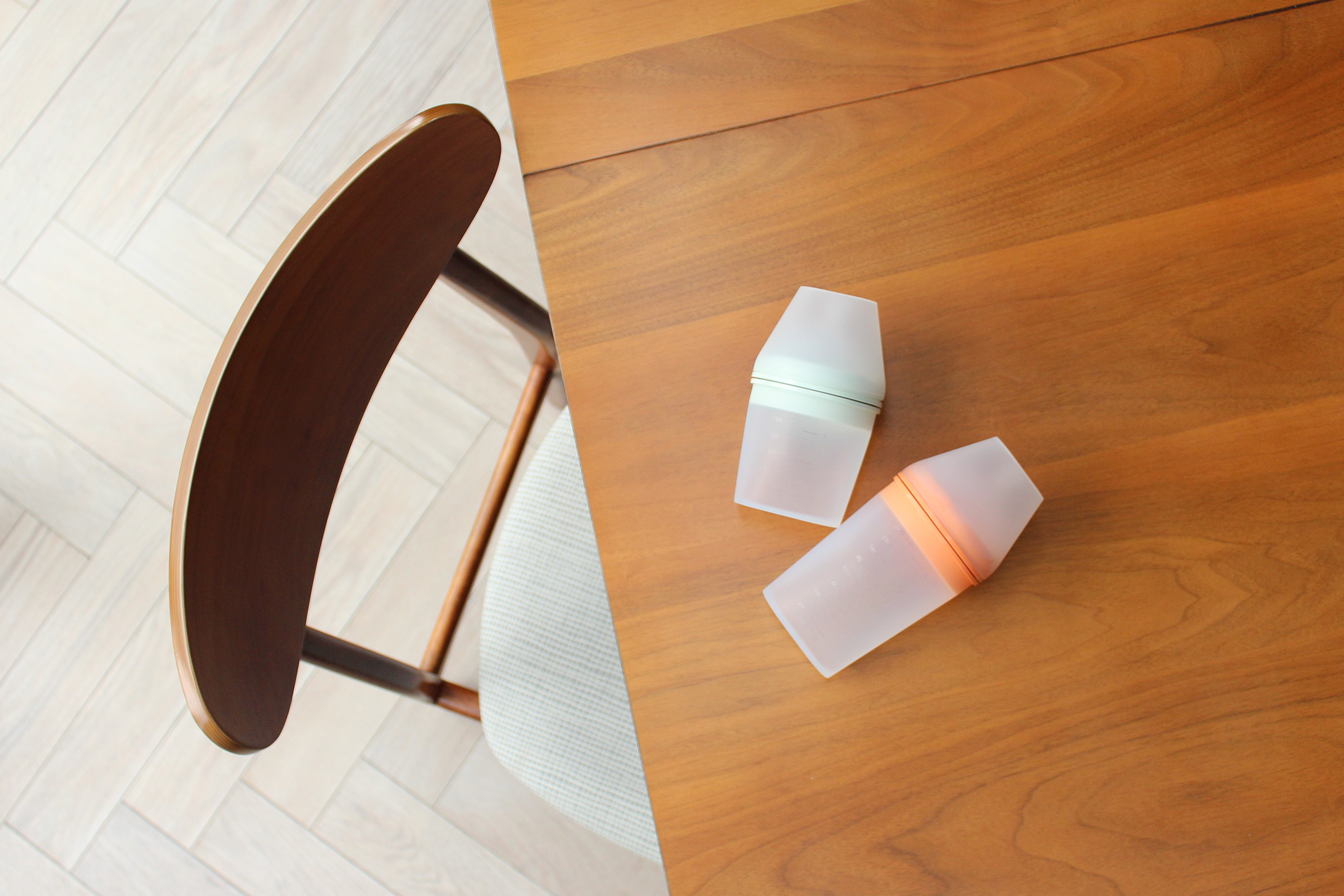 Blond, an Industrial and Product Design Studio based in London. Project: Borrn Bottle. Image: Borrn Bottle, Green.